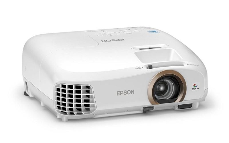 Epson vive su pasión en grande: presenta Update de su línea de proyectores High Brightness