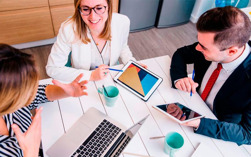 7 estrategias de customer service para conquistar a tus clientes