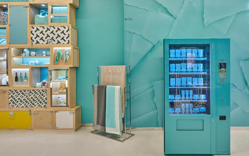Worldline instala en Tiffany & Co la primera máquina expendedora para artículos de lujo