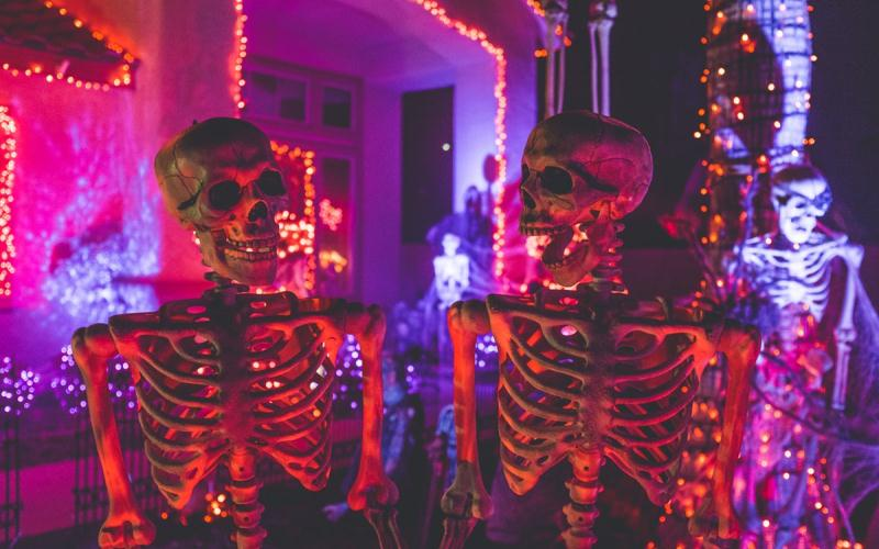 Cinco ideas de iluminación para Halloween