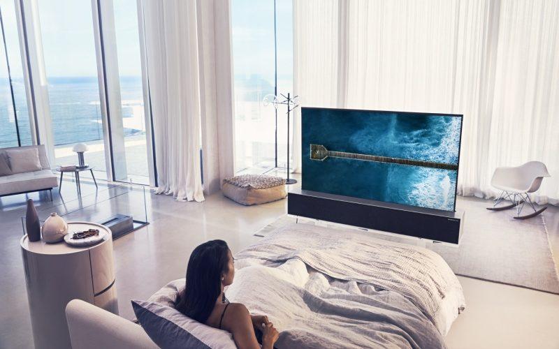 LG abre paso al futuro con el primer OLED TV enrollable del mundo