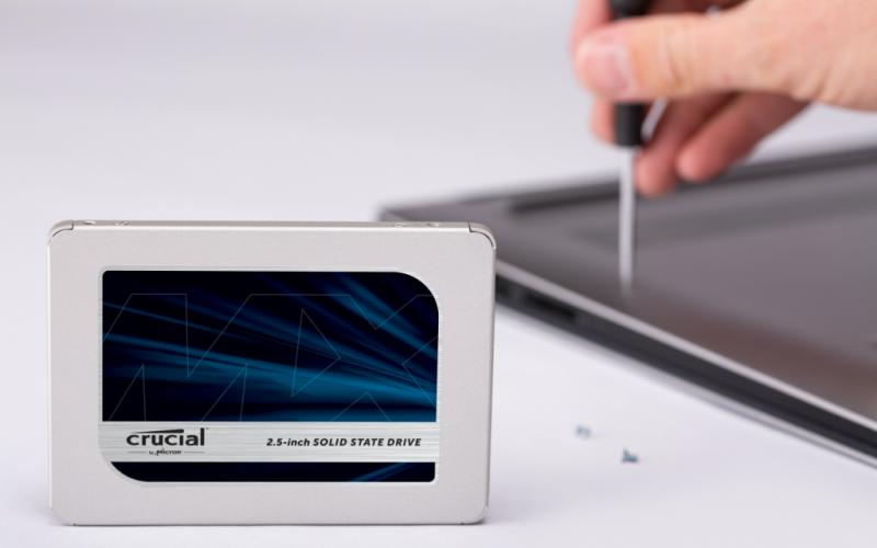 "CRUCIAL MX500 La mejor SSD"""