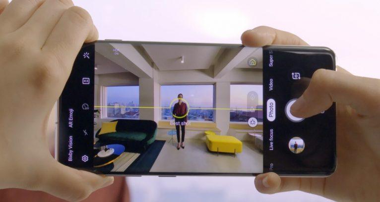 Nueva tecnología de Samsung para mejorar costo en cambio de pantallas de móviles
