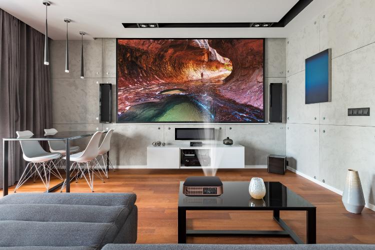 ViewSonic presenta sus últimos productos de visualización que incluyen monitores de gaming ELITE, así como proyectores portátiles y 4K