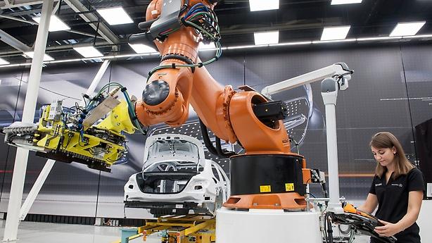 Importancia de un software analítico en la industria automotriz